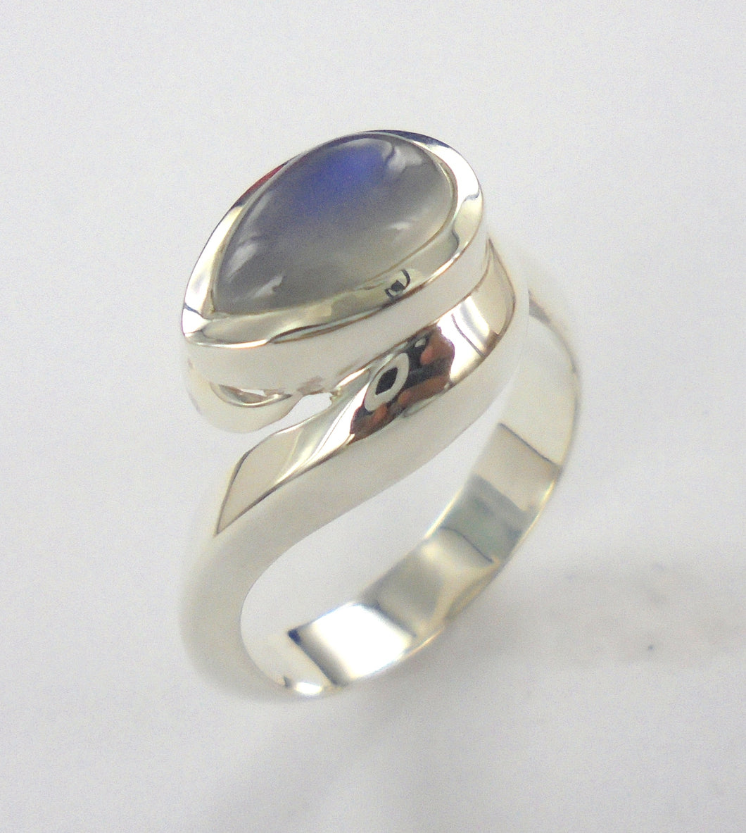 Embrace Ring Ai146P