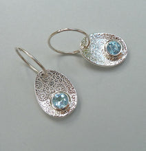 Load image into Gallery viewer, Petal Earrings Ai174