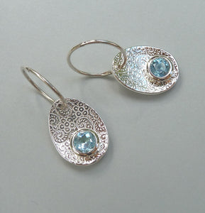 Petal Earrings Ai174