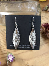 Load image into Gallery viewer, Diamond Column Earrings