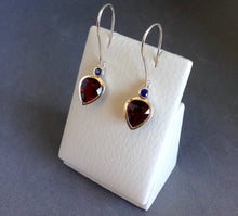 Load image into Gallery viewer, Garnet & Sapphire Earrings Ai303