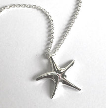 Load image into Gallery viewer, Starfish Pendant Ai135