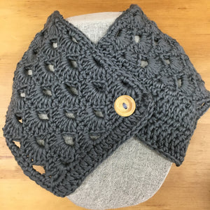 Crochet Vintage Button scarf