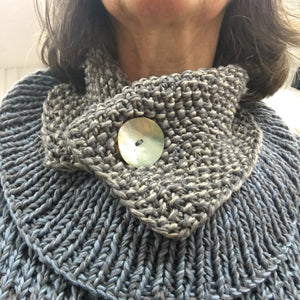 Knitted Vintage Button scarf