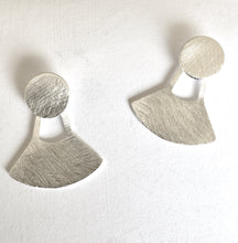 Load image into Gallery viewer, Brushed Silver Earring collection Ai318