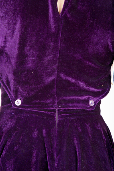 3/4 sleeve velvet cut outs skater dress details