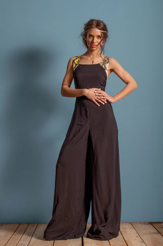 Low back, wide pants jumpsuit