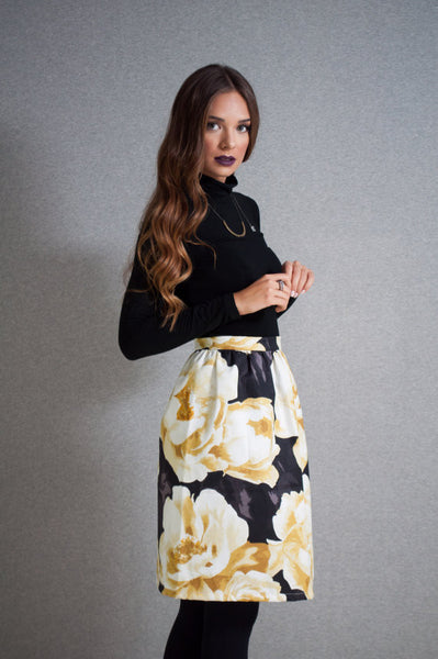 Black garden midi skirt side
