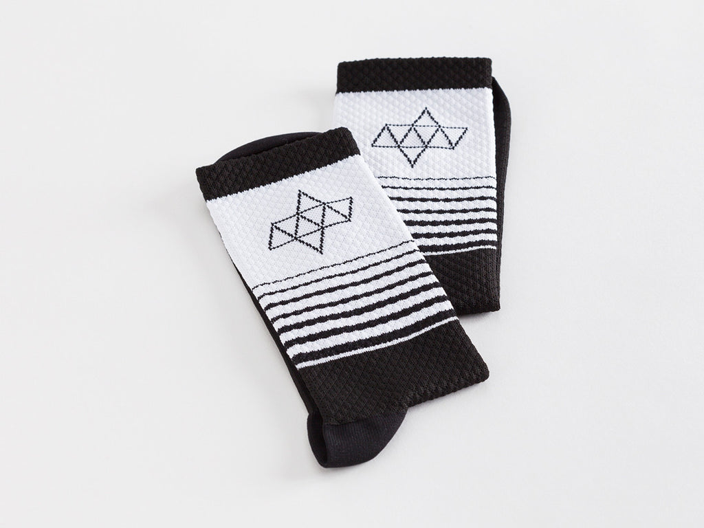 ACHT SUPPLY - KOM GRADIENT SOCKS BLACK/WHITE