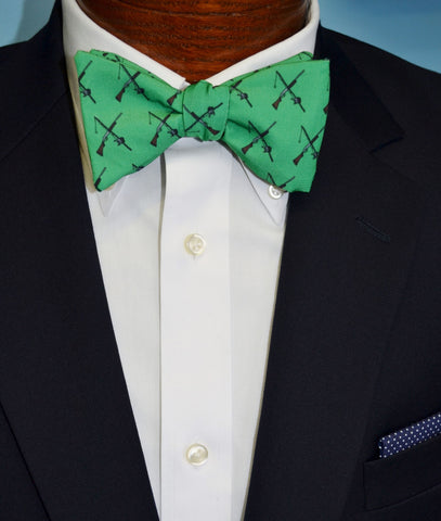 Green Hunting Fishing Bow Tie