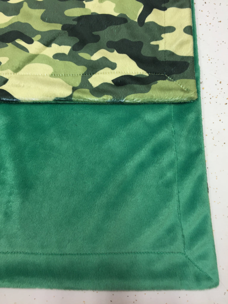 Kelly Green Minky Smooth & Camo Print Minky Blanket