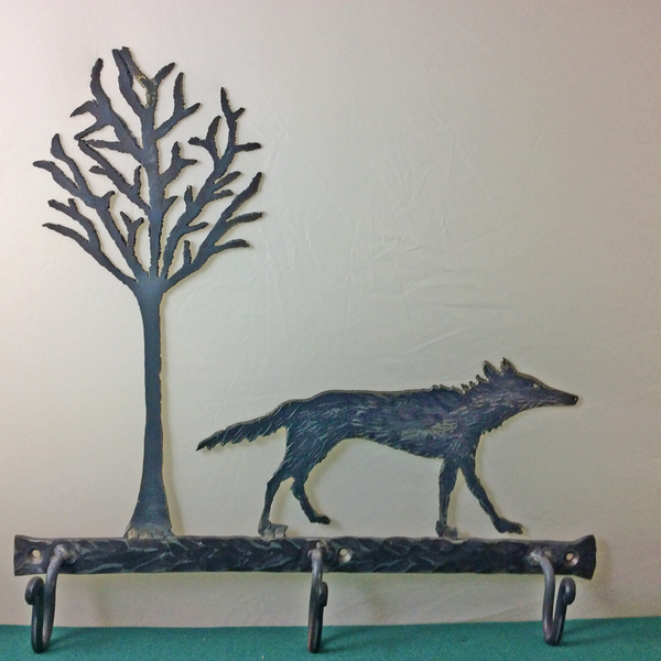 Wolf and tree iron wall hook rack