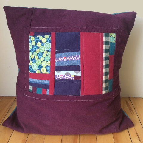 """The Wall"" motif pillow cover"