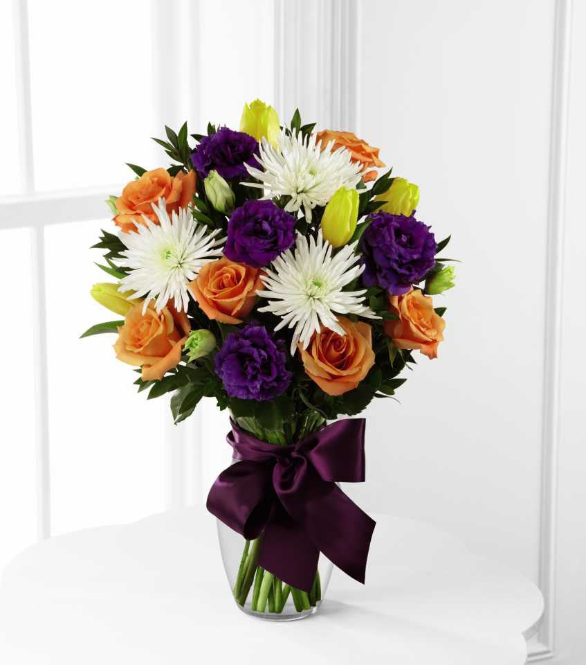 The FTD® New Dream™ Bouquet (D9-4912)