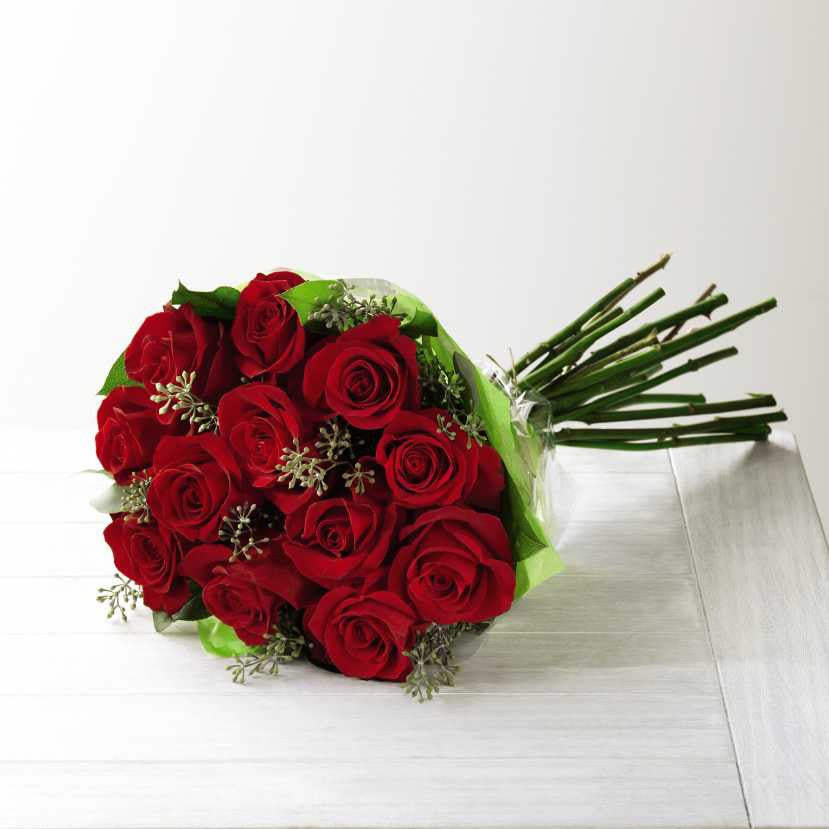 The FTD® Red Rose Hand-Tied Bouquet (E2-4305H)