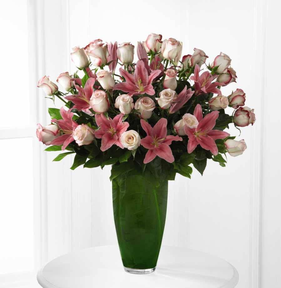 The ftdr exquisitetm luxury bouquet rp59 talisman flowers the ftdr exquisitetm luxury bouquet rp59 izmirmasajfo Choice Image