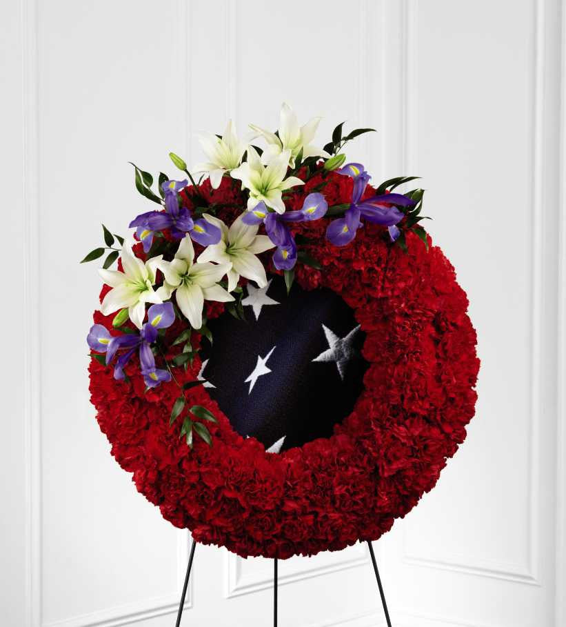 The FTD(r) To Honor One's Country(tm) Wreath (S45-4546)