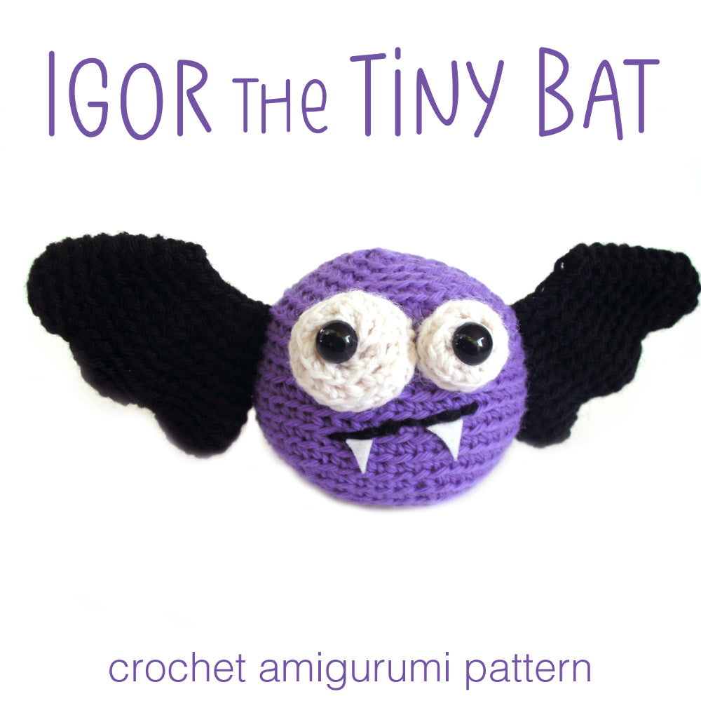 Bat Amigurumi Crochet Ornament (Pattern Only) - Ollie + Holly ... | 1000x1000