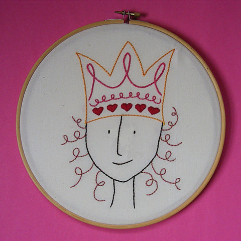 Queen of Hearts embroidery pattern