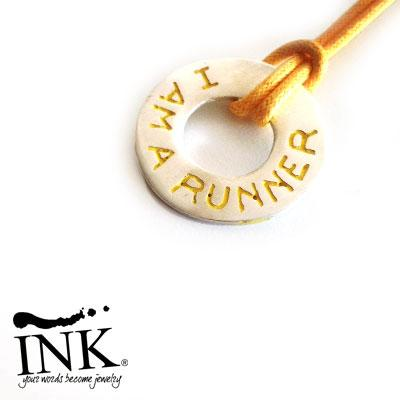 "Ciambella Argento ""I AM A RUNNER"" Personalizzabile. By INK."