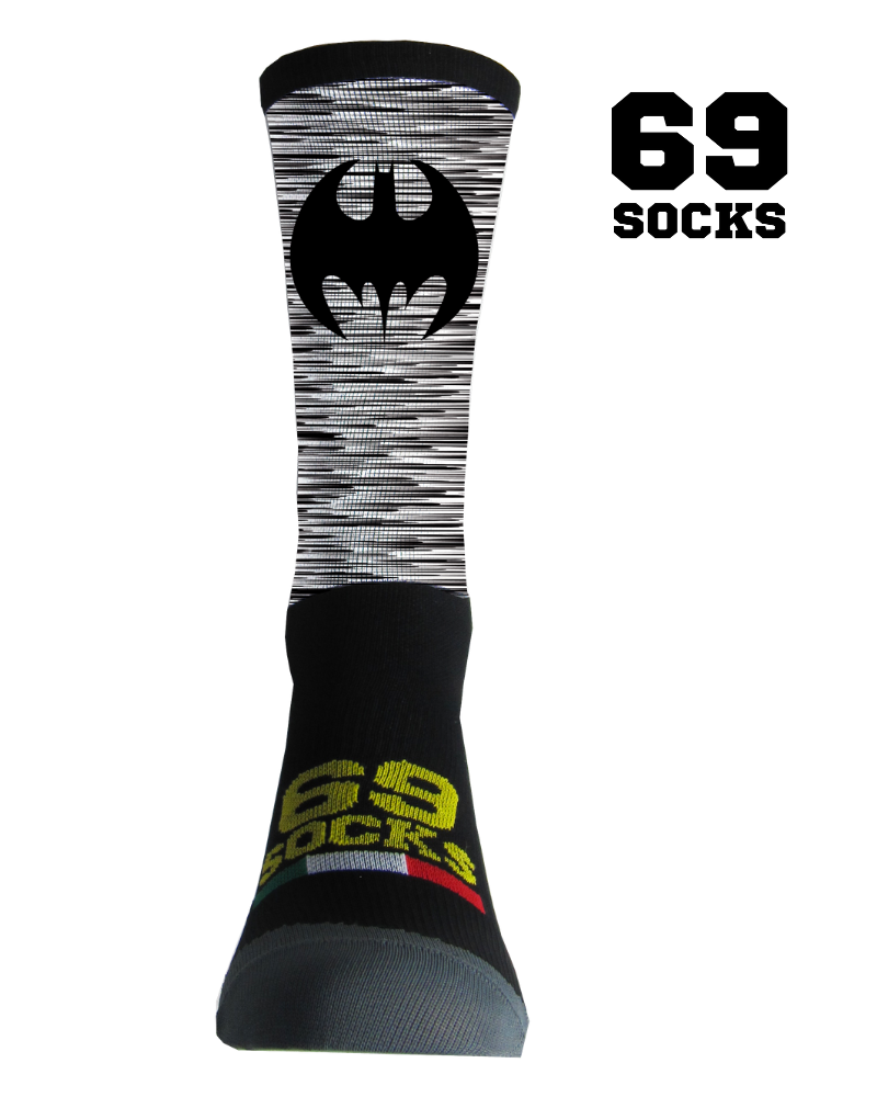 #69socks Q-skin Short  Bat Run