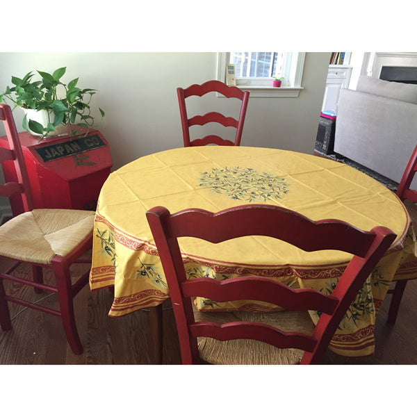 Clos des Oliviers yellow round tablecloth, Betts H., Garwood, NJ