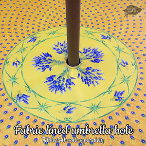 Add an Umbrella Hole to a Tablecloth - Fabric Lined