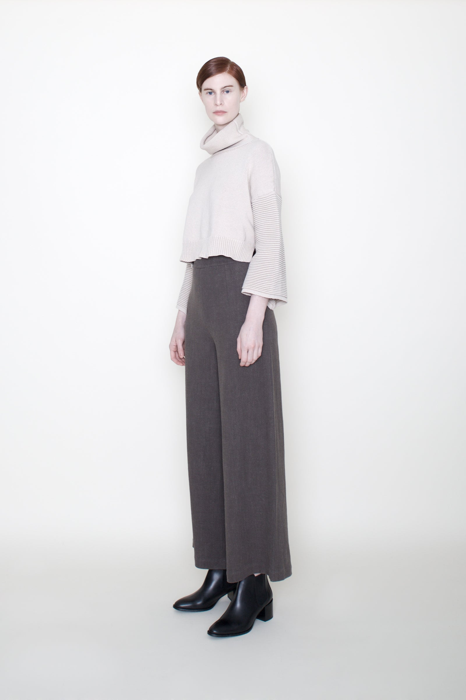 Szeki Bell Sleeves Cropped Sweater