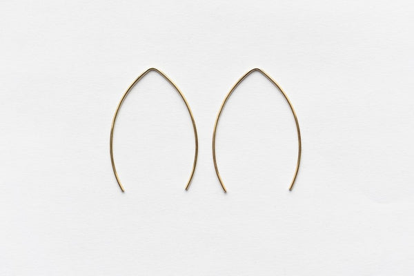 8.6.4 Design Medium 14K Gold Earring - 01