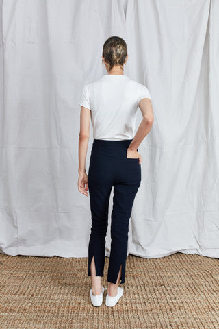 Shosh Fitted Linen Stretch Navy Pant
