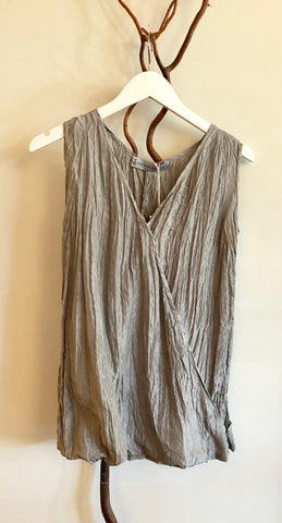 Viviana Uchitel Sleeveless Gray Silk Blouse