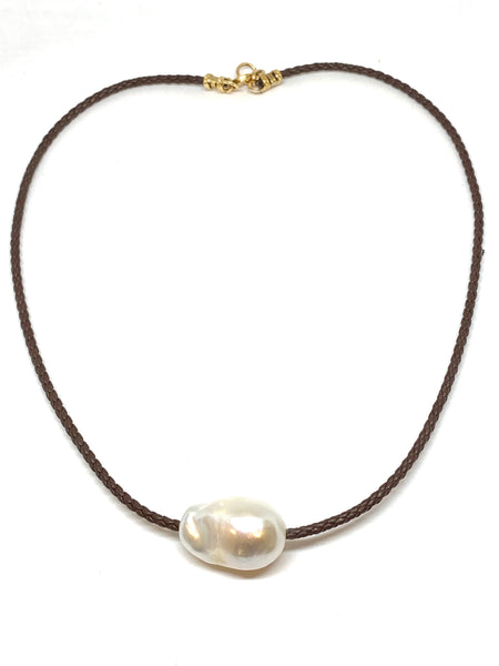 Perle by Lola Fresh Water Pearl Necklace