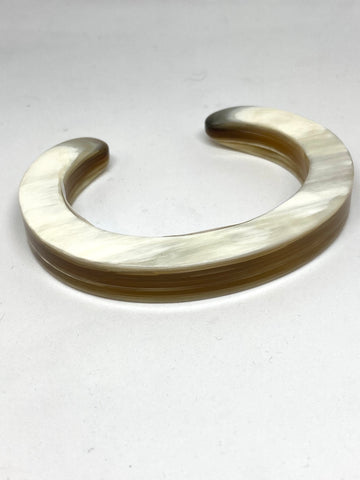 CATHs Beige Laminated Oval Horn Cuff