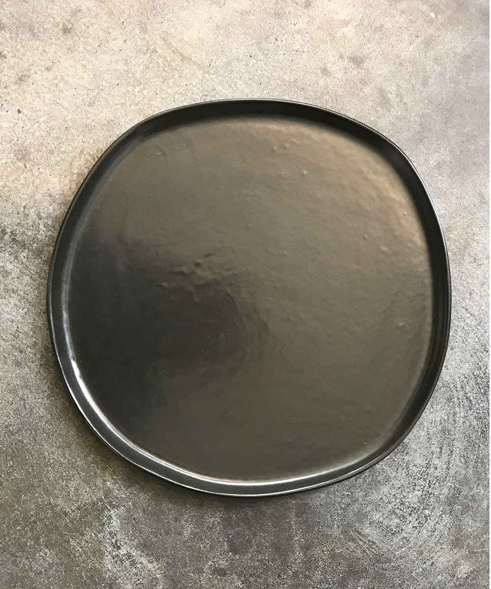 Ripple Dinner Plate in Black