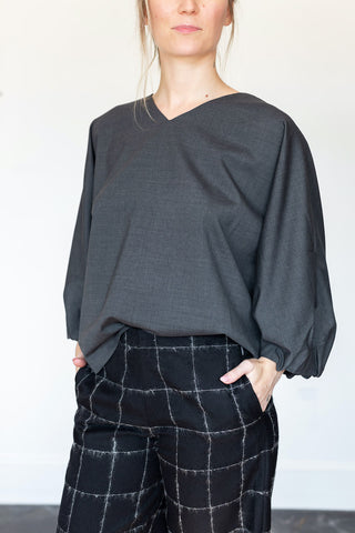 Elemente Clemente Kochi V-Neck Pull Over Shirt