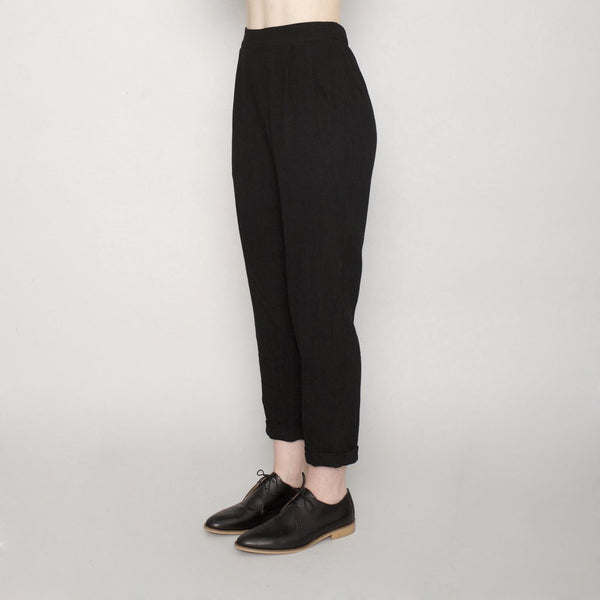 Black Szeki Signature Tapering Trouser in Tencel  found at PATRICIA in Southern Pines, NC
