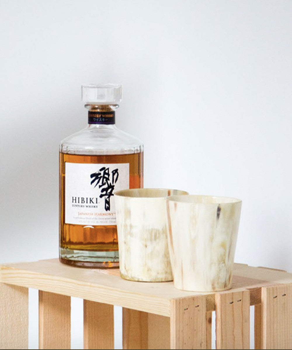 Horn whisky tumblers