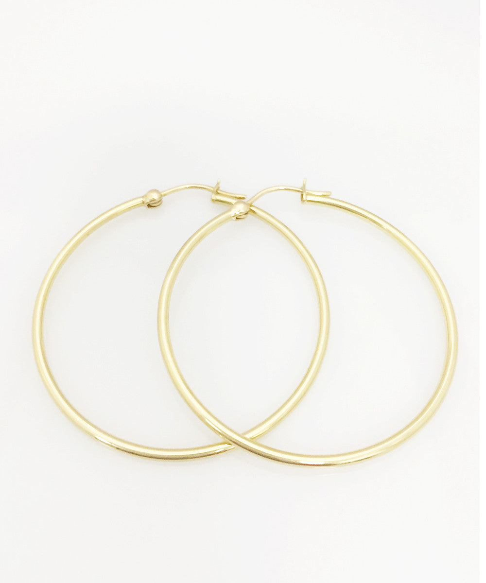 DFS 18KYG Hoop Earrings