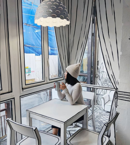 Beluga Baby loves the 2d comic book cafe in South Korea