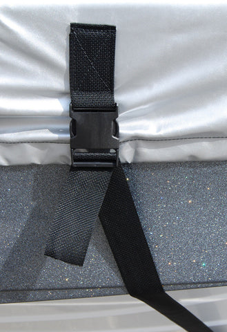 (2) Removable quick-release 2-inch wide belly straps helps eliminate stress and prevents abrasion to your boat's finish.