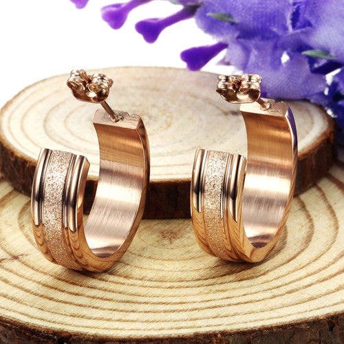 Robert Matthew Zoe 18k Rose Gold Plated Stainless Steel Hoop Earrings