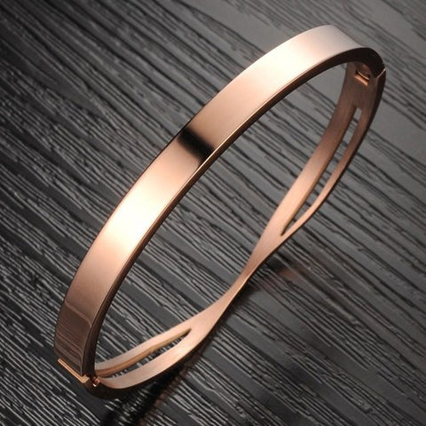 Robert Matthew Rose Gold Ashley Bangle