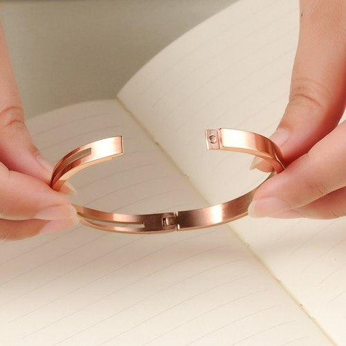 Bracelet, Bangle, Jewelry - Robert Matthew Rose Gold Ashley Bangle