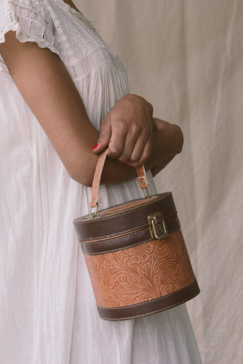 1950s Round Wood Drum Bag