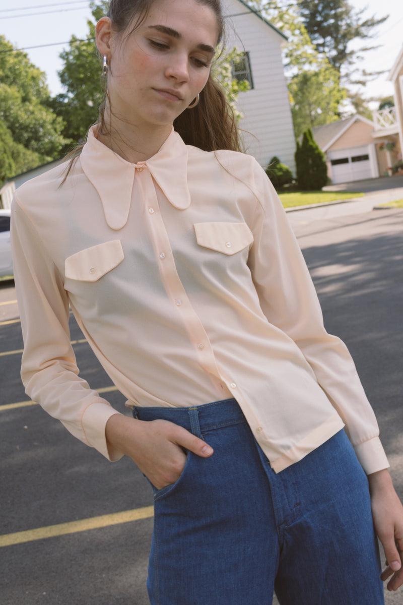 1960s Rounded Collar Peach Shirt