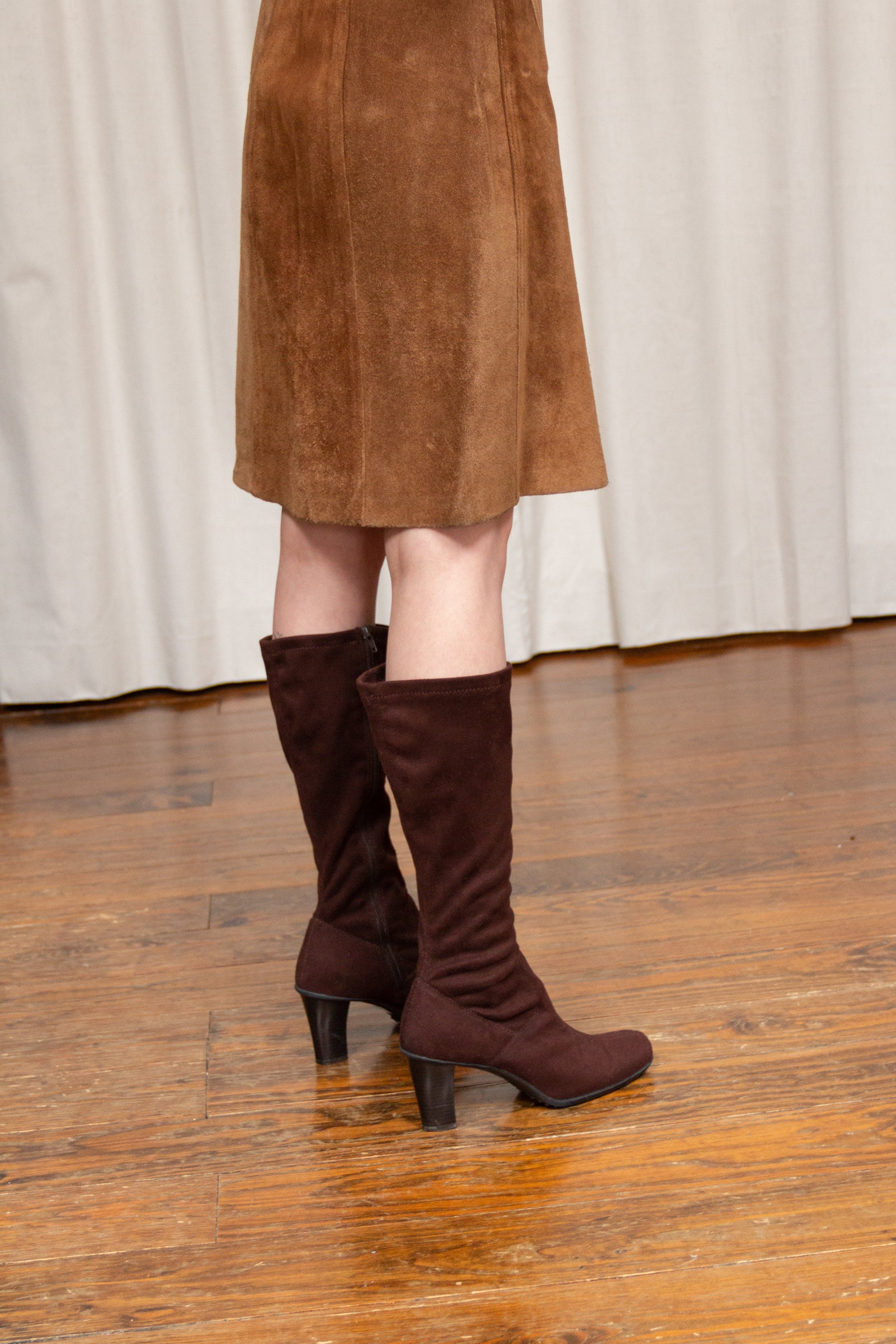 1990s Chocolate Microsuede Glove Boot | 8.5