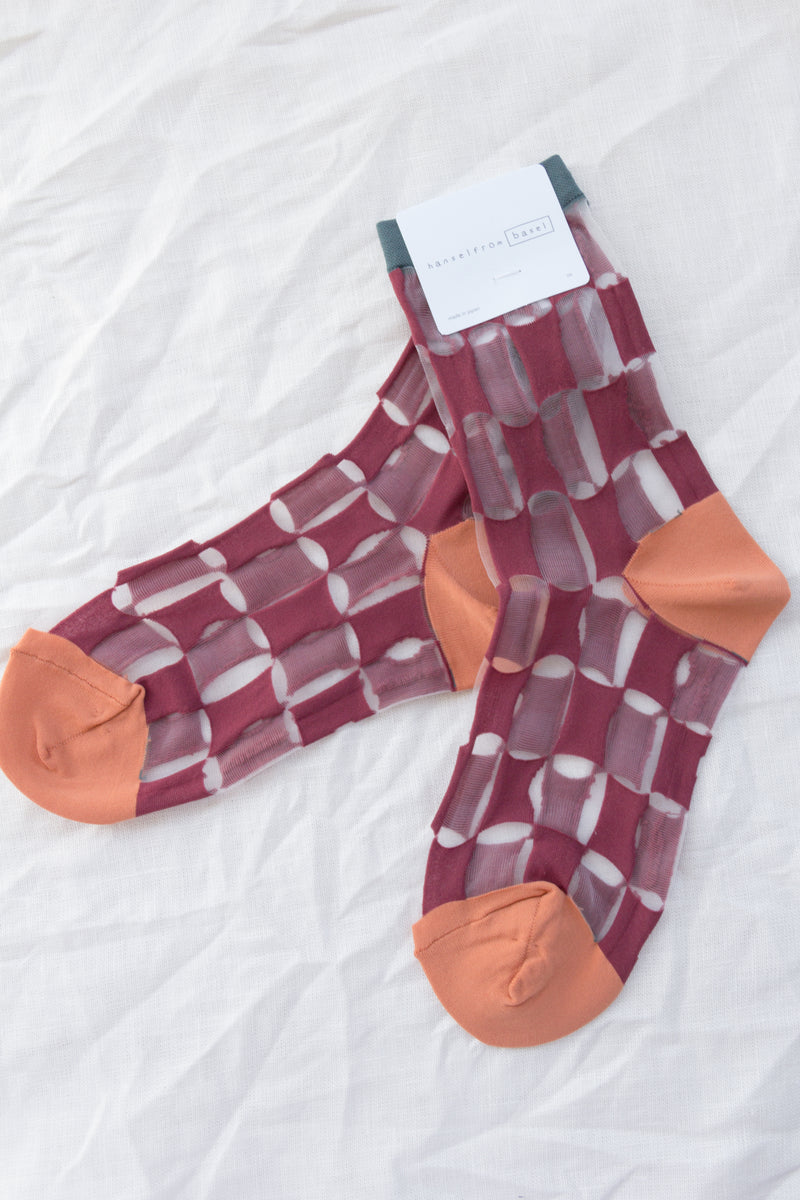 Checkerboard Sheer Bordeaux