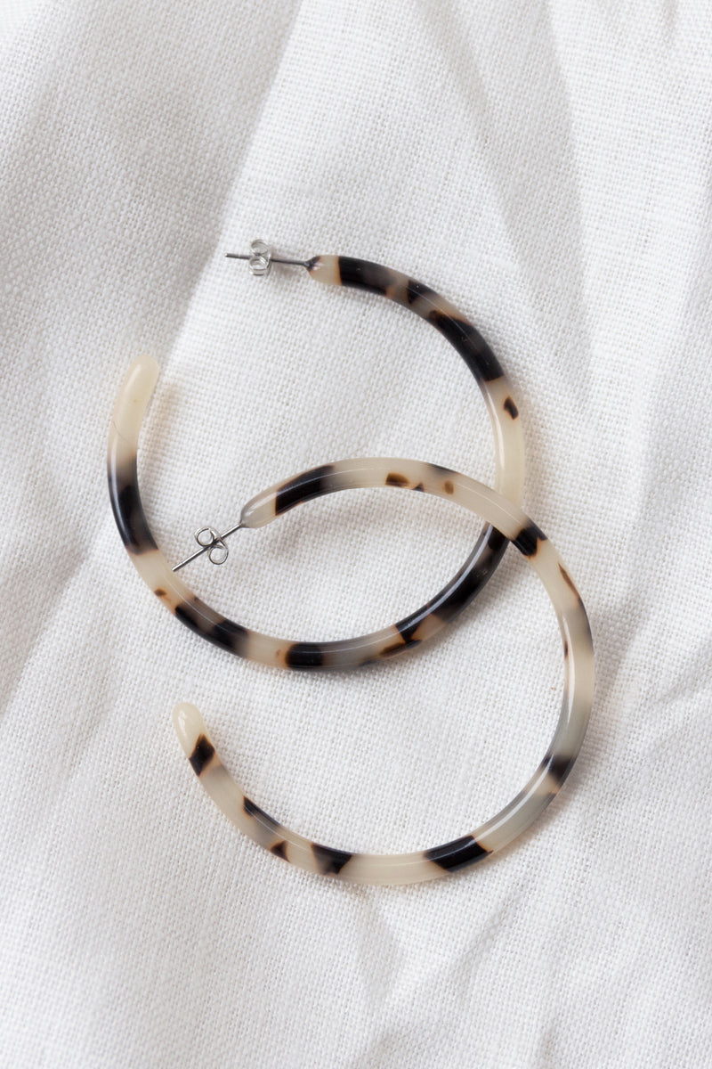 Large Hoops | Ash Blonde Tortoise