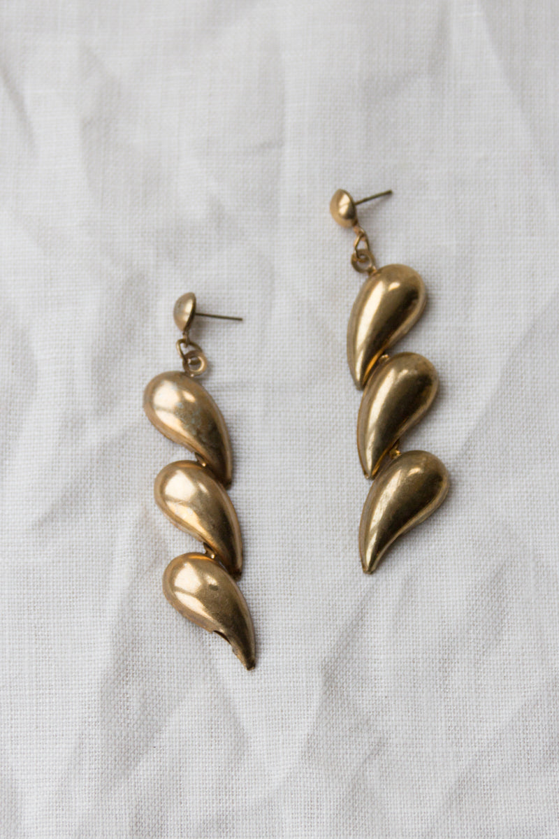 Vintage 80s Gold Teardrop Drop Earrings