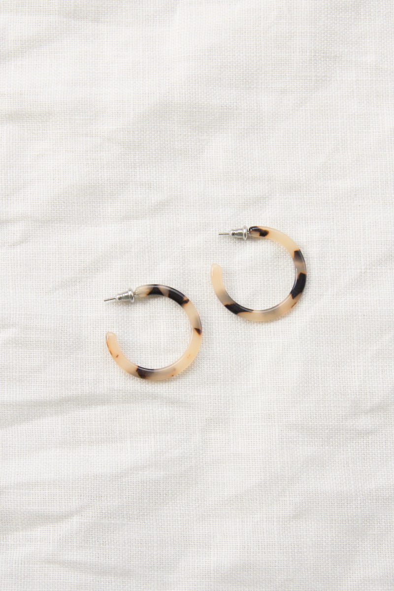 Mini Hoops | Blonde Tortoise